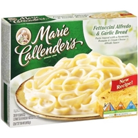 Marie Callender's Fettuccine Alfredo & Garlic Bread Food Product Image