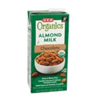 H-E-B Organics Almond Milk, Chocolate Food Product Image